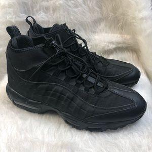 (2015) Nike Air Max 95 Triple Black Sneakerboot 12